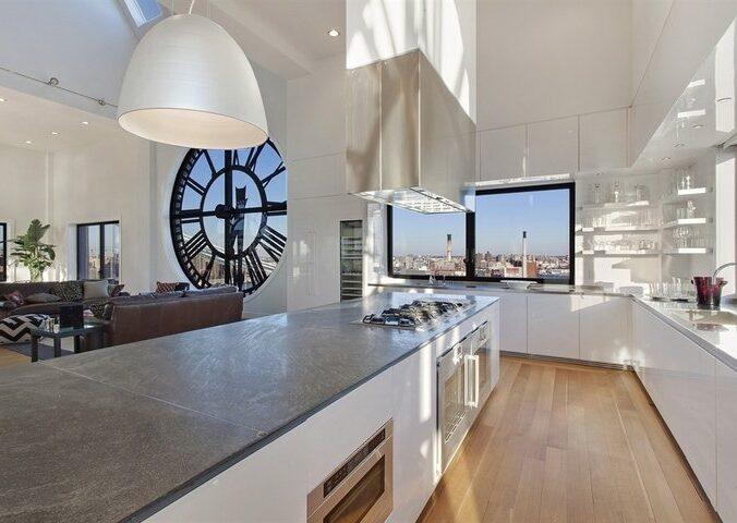 Clocktower Penthouse In NY Photo 2