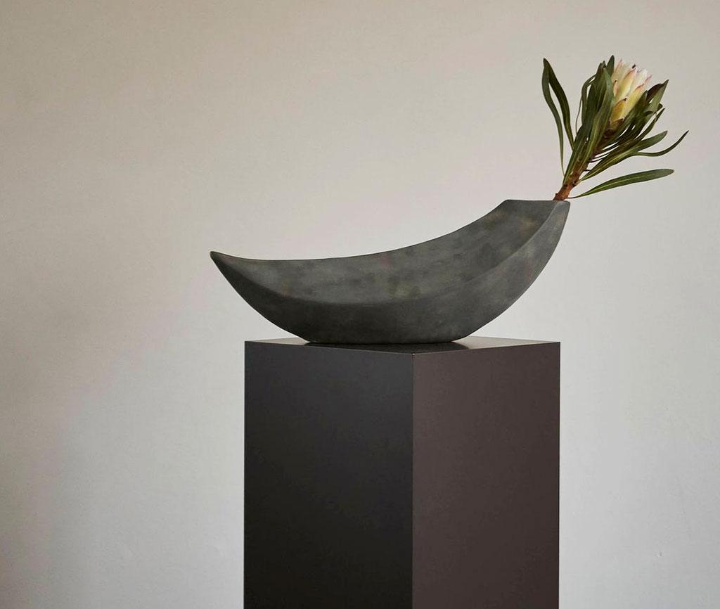101 Copenhagen Luna Vase On a Stand