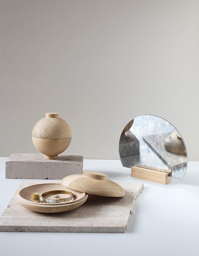 Kristina-Dam_Wooden-Sphere
