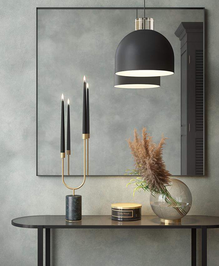 AYTM_GLOBE-round-glass-vase-w-stand_amber