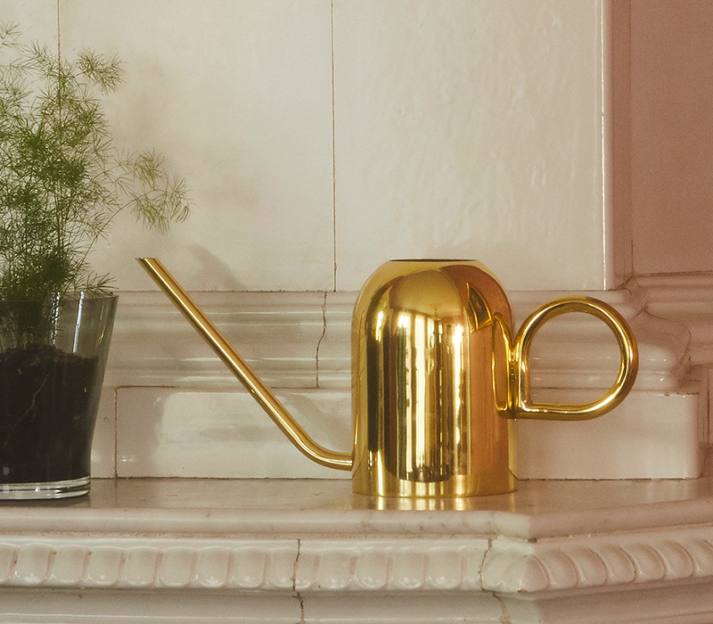 AYTM Vivero Watering can gold