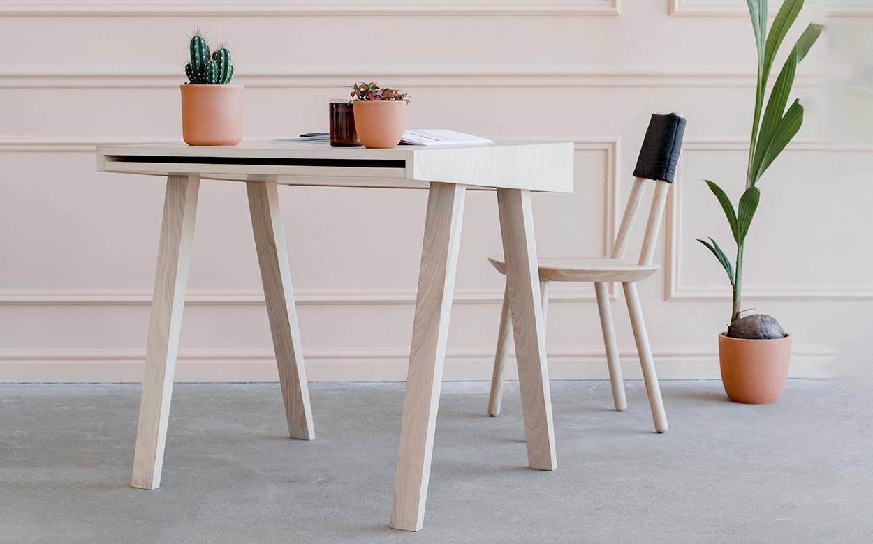 Emko-49-writing-desk