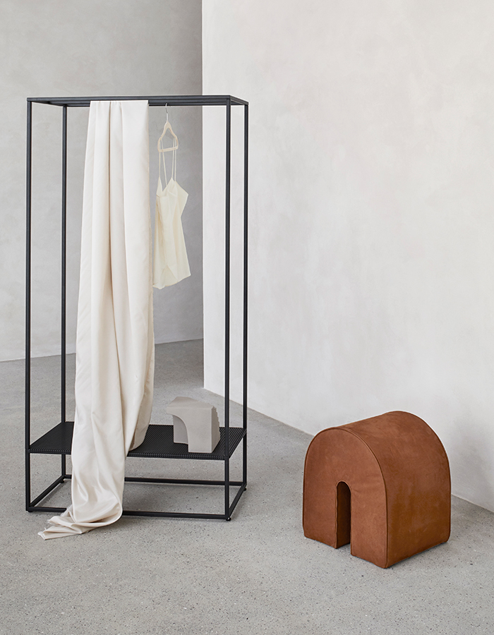 Kristina Dam Studio_Curved-Pouf_Cognac