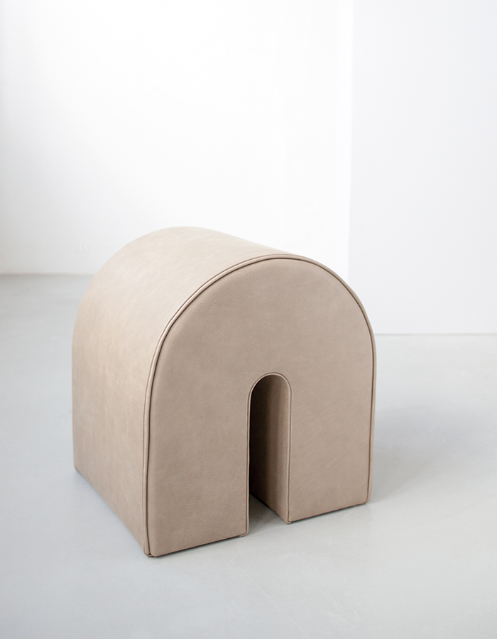 Kristina Dam Studio_Curved-Pouf_Light-Brown